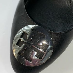 Tory Burch Black Leather Wedge w/ Silver Logo SZ 7